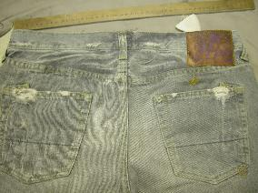 Start, try on customer to get the right amount needed for alteration (Prps Jeans selvage / selvedge denim)